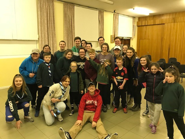 bears and cubs youth group with Ireland team