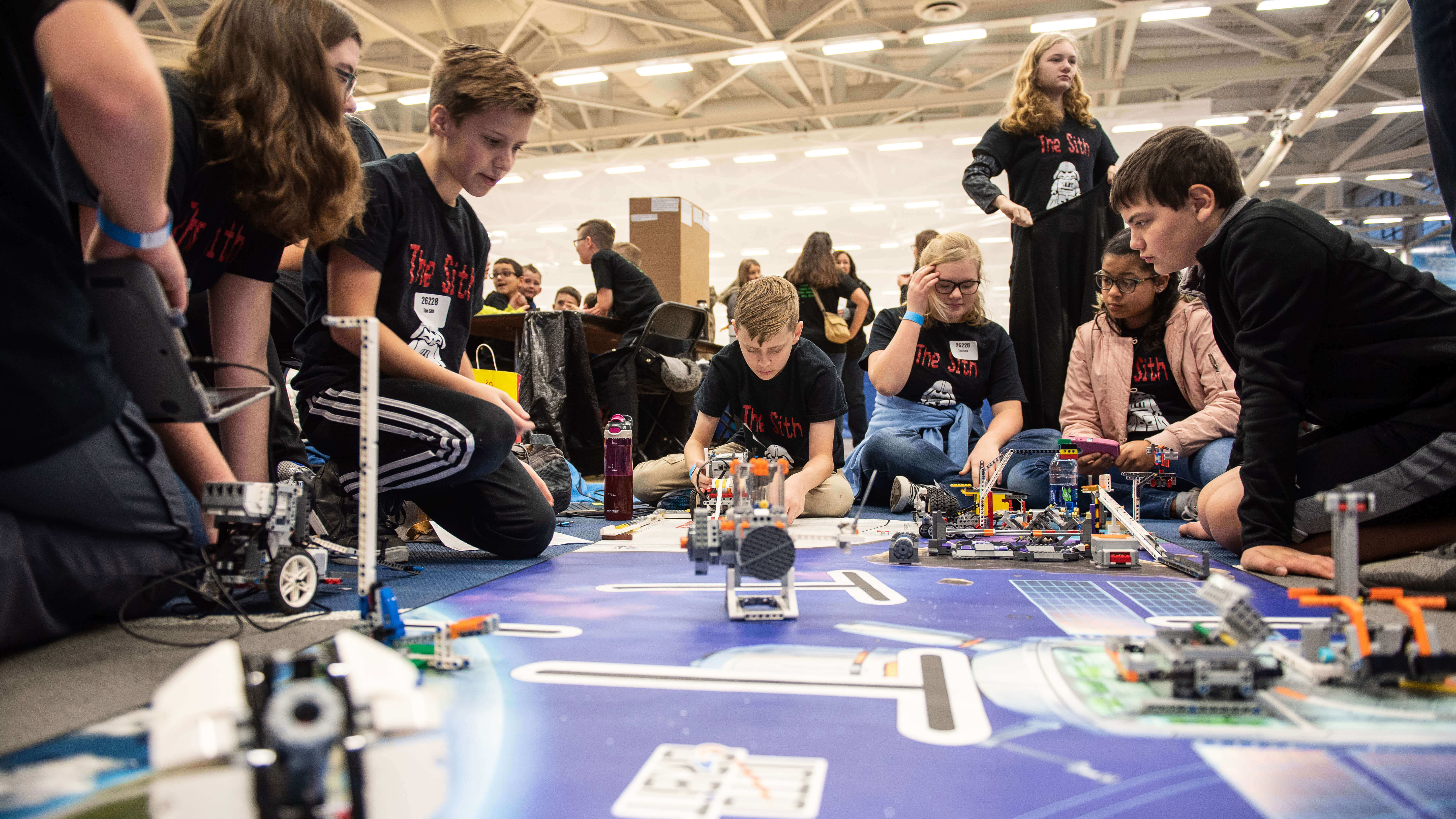 Highschoolers becoming interested in robotics