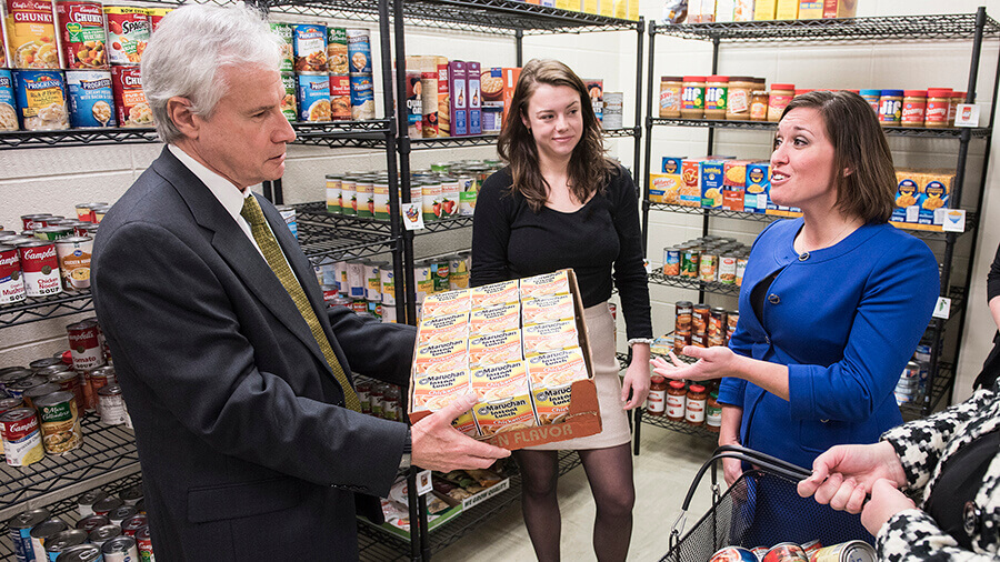 Chancellor Elsenbaumer visiting the food pantry